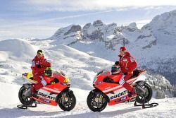 Valentino Rossi, Ducati, Nicky Hayden, de Ducati en la presentación de la Ducati Desmosedici GP11