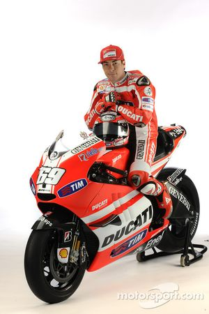 Nicky Hayden, Ducati, with the Ducati Desmosedici GP11