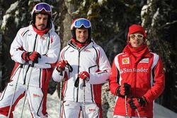 Фернандо Алонсо, Scuderia Ferrari, Джанкарло Физикелла и Жюль Бьянки, тестовый пилот Scuderia Ferrar