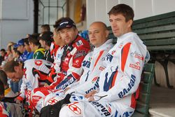 Meeting des concurrents du Dakar 2011 : #254 Yamaha: Rafal Sonik, #47 KTM: Marek Dabrowski and #21 KTM: Jacek Czachor