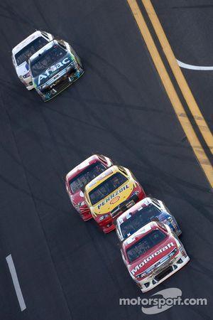 Trevor Bayne, Wood Brothers Racing Ford voor Bobby Labonte, JTG Daugherty Racing Toyota