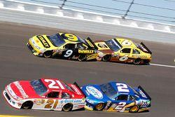 Trevor Bayne, Wood Brothers Racing Ford, Marcos Ambrose, Petty Motorsport Ford, David Ragan, Roush F