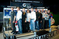 Champion's breakfast: 2011 Daytona 500 winnaar Trevor Bayne, Wood Brothers Racing Ford met de Wood f