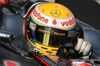 New manager for Lewis Hamilton