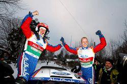 Winnaars Mikko Hirvonen en Jarmo Lehtinen