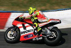 Valentino Rossi de Ducati Marlboro Team