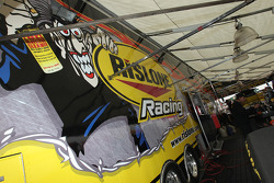 Jim Dunn, Paul Lee, pits met sponsor Rislone Racing