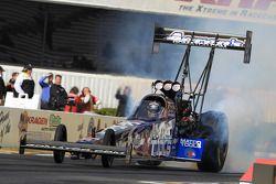 Antron Brown vers la pole position dans son dragster Matco Tools DSR