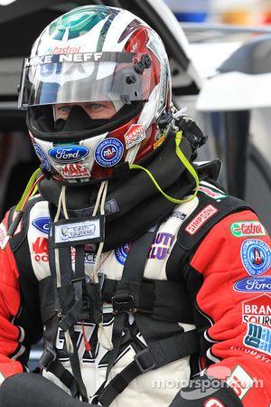 Mike Neff, pilote Castrol GTX Ford Mustang, se prépare pour son retour à la compétition en tant que pilote