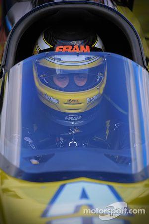 Spenser Massey se prépare pour sa première manche de qualifications à bord de son dragster DSR Prestone/Fram