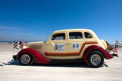 Living legends of auto racing beach parade