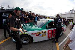 Dale Earnhardt Jr., Hendrick Motorsports Chevrolet reservewagen ingezet na crash