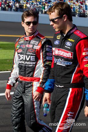 Jeff Gordon, Hendrick Motorsports Chevrolet en Trevor Bayne, Wood Brothers Racing Ford