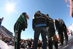 2010 Full Throttle Champions: John Force, LE Tonglett, Greg Anderson, Larry Dixon en NHRA President