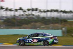 #10 Kinetic Motorsports KIA Forte Koup: Mike Galati, Nic Jonsson
