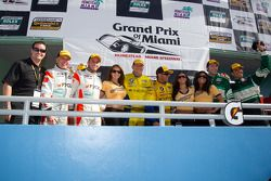 GT podium: class winners Bill Auberlen and Paul Dalla Lana, second place Emil Assentato and Jeff Segal, third place John Potter and Craig Stanton