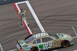 Carl Edwards (Roush Fenway Racing Ford), vainqueur