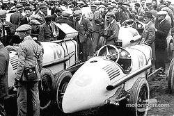 Pre-race paddock activity