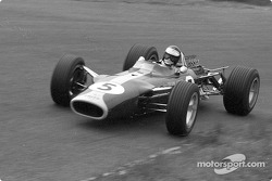 Jim Clark won six pole positions with the new Ford DFV engine in its nine races of 1967; his teammat