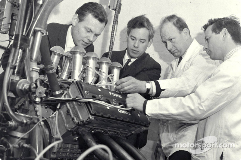 Cosworth Engineering: Bill Brown, Keith Duckworth, Mike Costin, Ben Rood