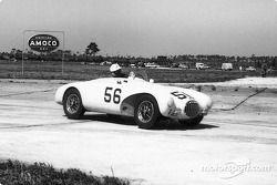 Racer winners Bill Lloyd and Stirling Moss