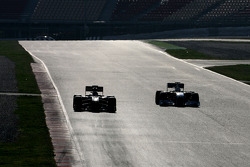 Vitaly Petrov, Lotus Renault F1 Team en Adrian Sutil, Force India