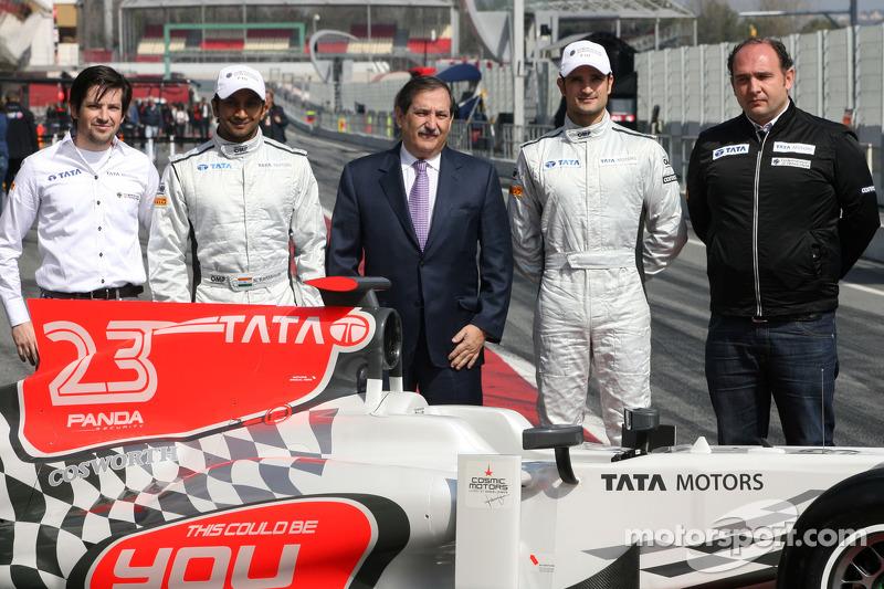 Hispania Racing F1 Team voorstelling F111, Narain Karthikeyan, Hispania Racing Team, HRT, Vitantonio