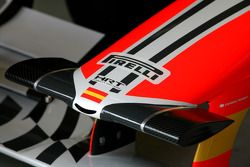 Hispania Racing F1 Team F111: Nase