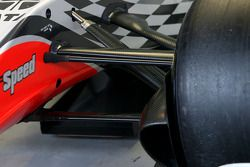 Hispania Racing F1 Team unveils the new F111, technical detail, front suspension