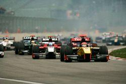 Start: Romain Grosjean aan de leiding
