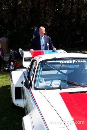 Hurley Haywood - #235 1977 Porsche 934.5: Bob Weber