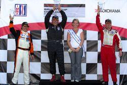GT3G podium: winnaar Glen Gatlin, 2de Eduardo Cisneros, 3de Michael Levitas