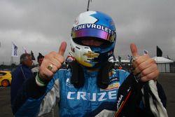 Robert Huff, Chevrolet Cruze 1.6T, Chevrolet pole