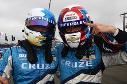 Robert Huff, Chevrolet Cruze 1.6T, Chevrolet pole en Yvan Muller, Chevrolet Cruz 1.6T, Chevrolet 2de
