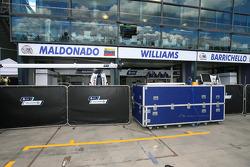 Williams pits