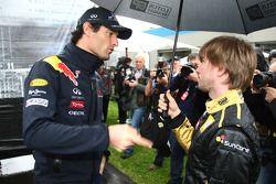 Mark Webber, Red Bull Racing and Nick Heidfeld, Lotus Renault GP
