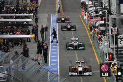 Adrian Sutil, Force India, Michael Schumacher, Mercedes GP