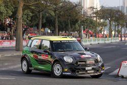 Daniel Oliveira en Carlos Magalhaes, Mini John Cooper Works S2000