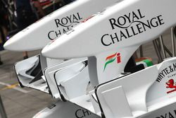 Force India F1 Team, ön kanats