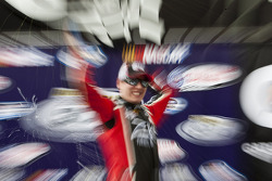 Victory lane: Kyle Busch viert