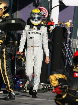 Nico Rosberg, Mercedes GP Petronas F1 Team retires from the race