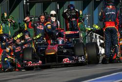 Sebastien Buemi, Scuderia Toro Rosso pit stop