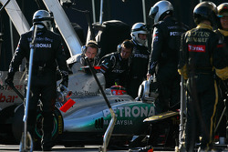 Michael Schumacher, Mercedes GP Petronas F1 Team retires from the race