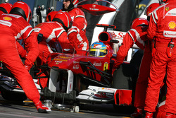 Fernando Alonso, Scuderia Ferrari arrêt aux stands