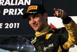 Podio: tercer lugar Vitaly Petrov, de Lotus Renault GP
