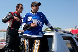 Helio Castroneves, Team Penske and Alex Tagliani, Sam Schmidt Motorsports
