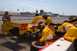 Pit stop for Ryan Hunter-Reay, Andretti Autosport
