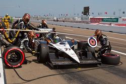 Pit stop for Alex Tagliani, Sam Schmidt Motorsports