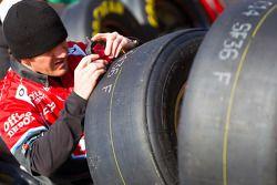 Stewart-Haas Racing Chevrolet crew