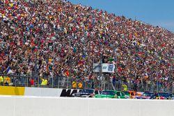 Start: Jamie McMurray, Earnhardt Ganassi Racing Chevrolet aan de leiding